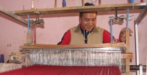 Male artisan photo by AYNI